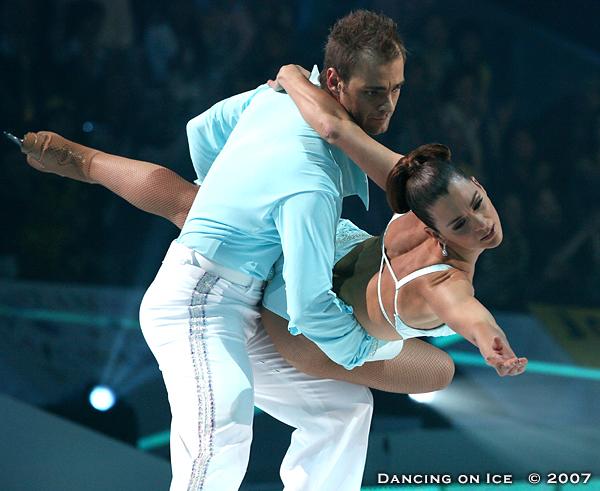 BAARN - DANCING ON ICE - RTL 4