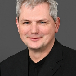 Portret Ruud van Pol