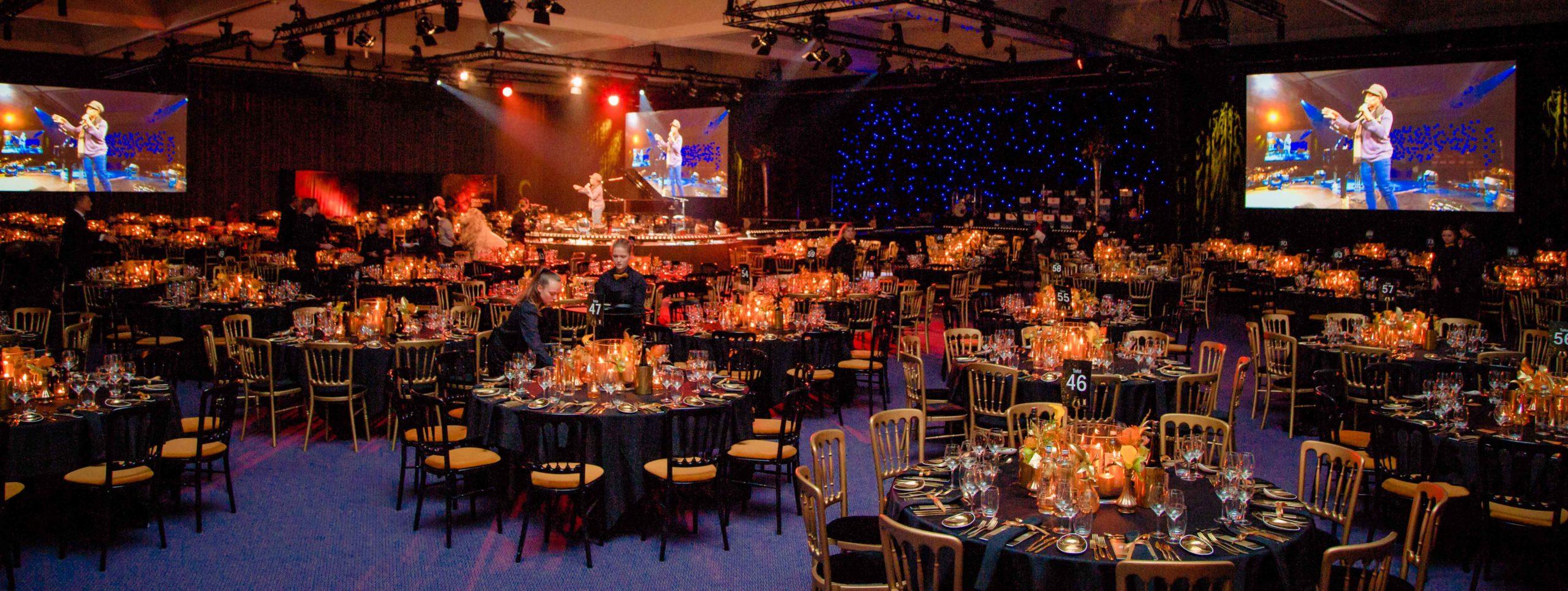 gala diner fotograaf lege zaal